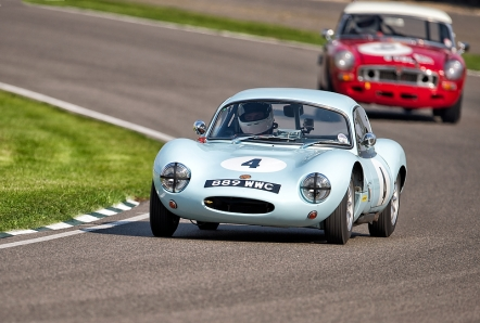 Lee Mumford leads the field in the 1963 Ginetta G4 Fordwater Trophy race at Goodwood Revival September 12 September 2014